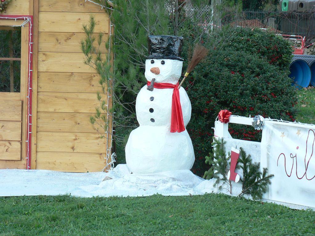 #2588A6 La Roquebrussanne Décorations De Noël 5875 decoration de noel jardiland 2015 1024x768 px @ aertt.com